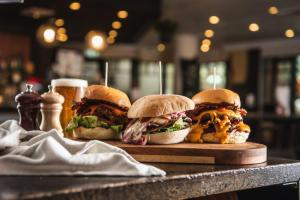 Palace Hotel Sydney CBD Burgers Food